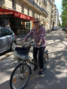 I'm so happy! Trying out Paris's Velib bike-sharing program.